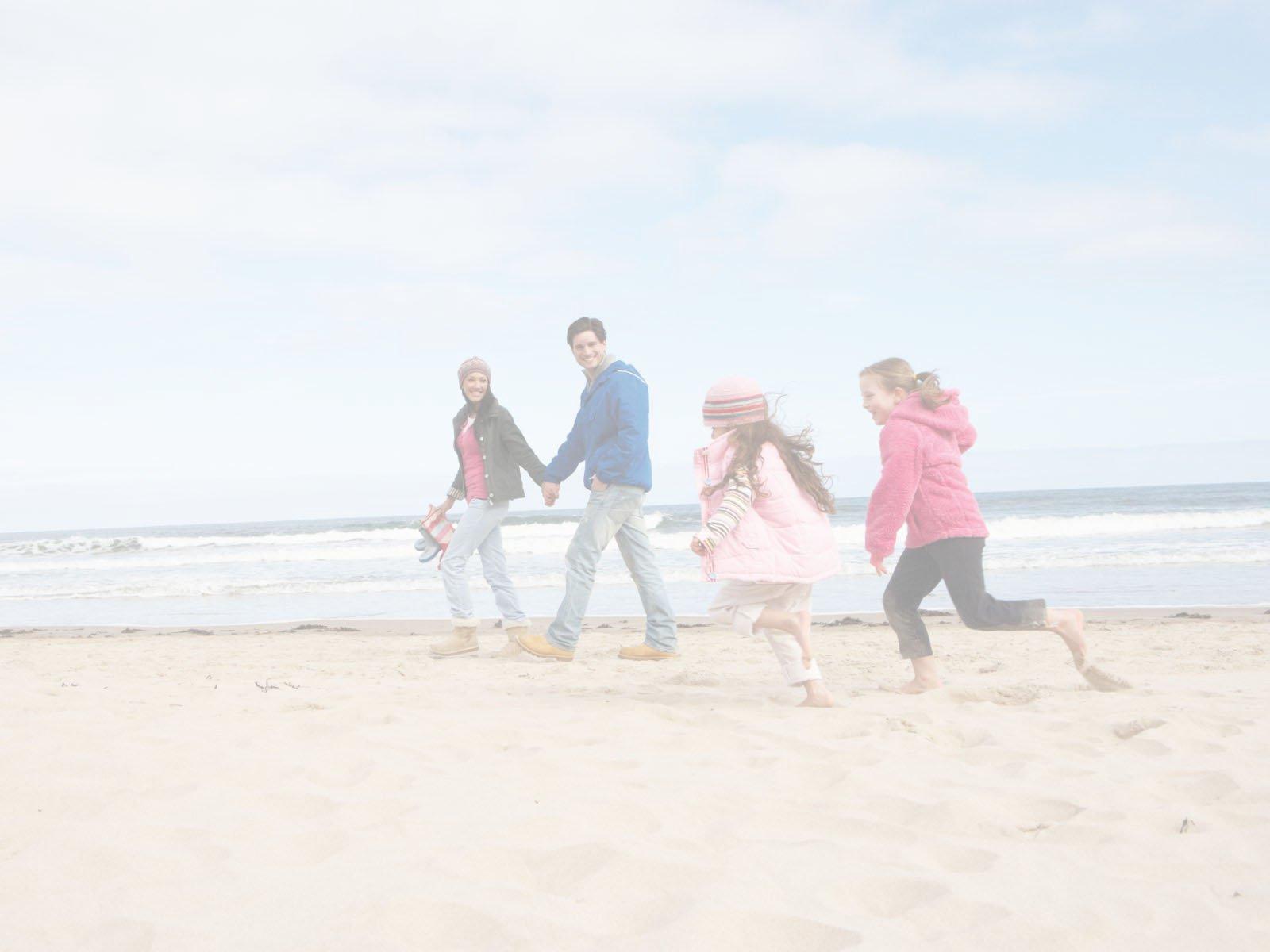 famile am strand ehepaar therapie kiel huelsmann paartherapie erziehungshilfe